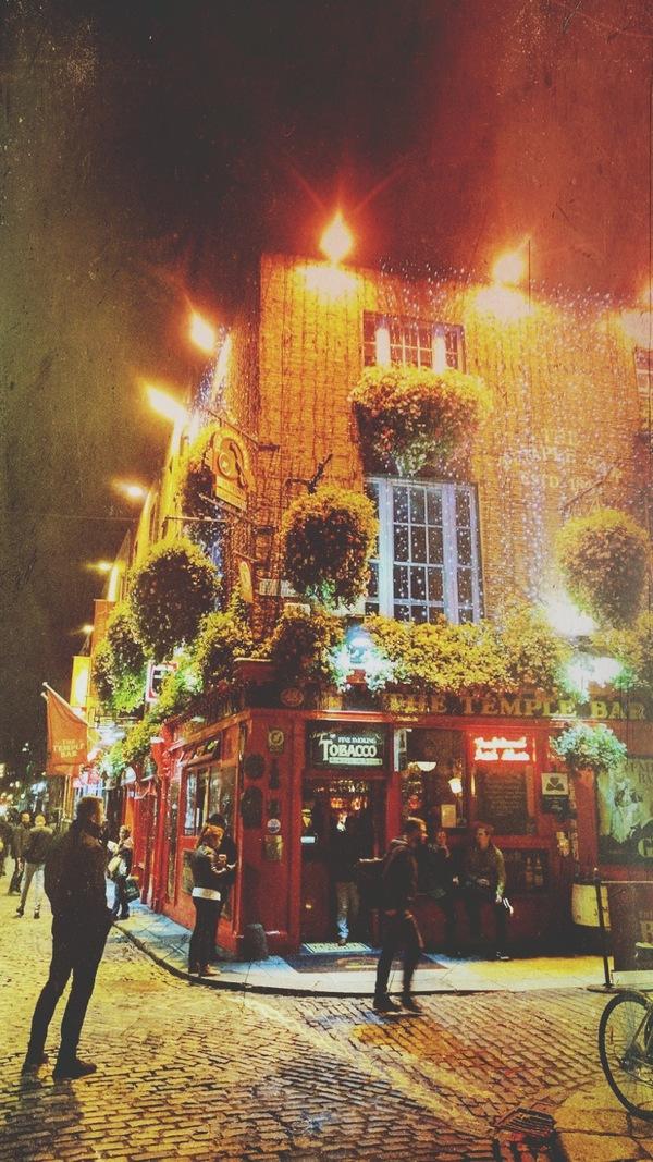 The famous Temple Bar of Dublin