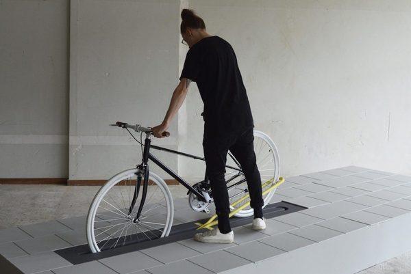 Nederlands fietsenrek dat onder de grond verdwijnt (klik op afbeelding voor artikel)