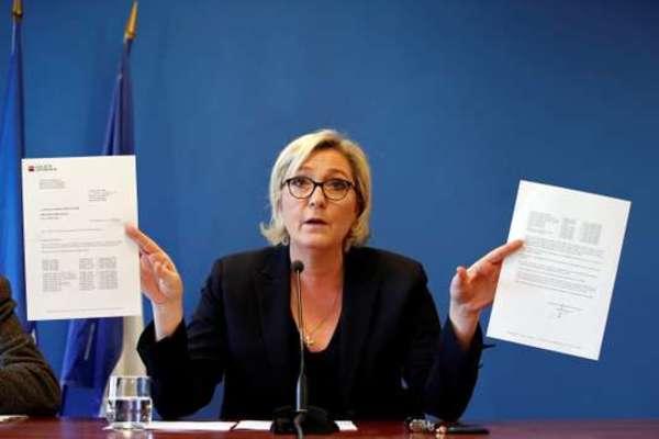 Le Pen op haar persconferentie afgelopen woensdag