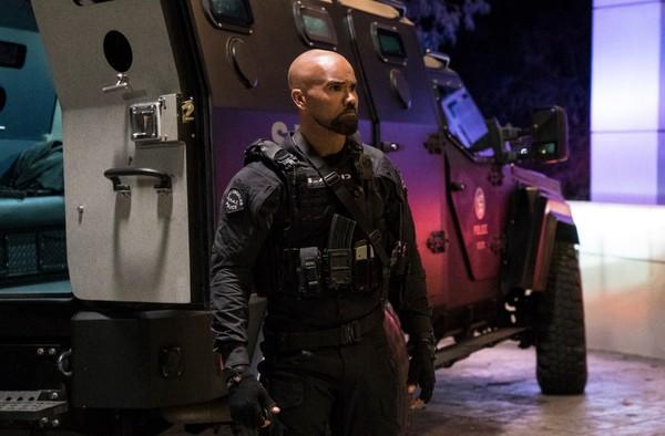 'S.W.A.T.' aspira a ser algo más que una de polis