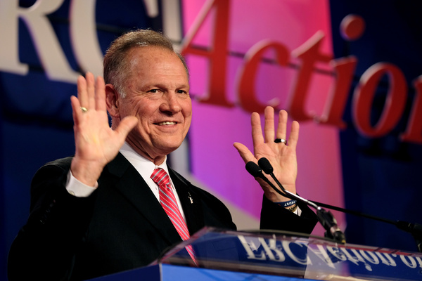 De Republikeinse Senaatskandidaat Roy Moore (foto: Reuters)