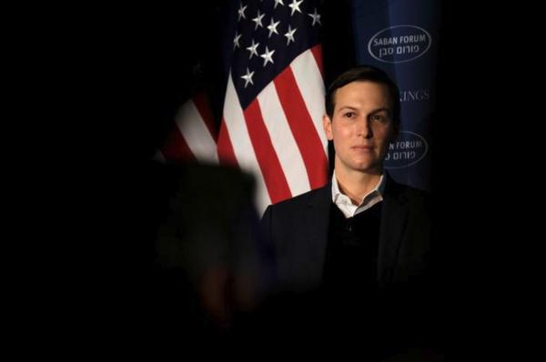 """Trumps schoonzoon Jared Kushner is volgens verschillende Amerikaanse media de """"senior official"""" die de contacten tussen Flynn en de Russische ambassadeur aanstuurde (foto: Reuters)"""