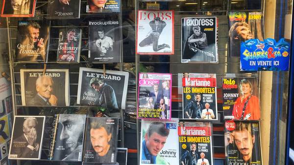 I see dead people - A newsstand in Paris this week
