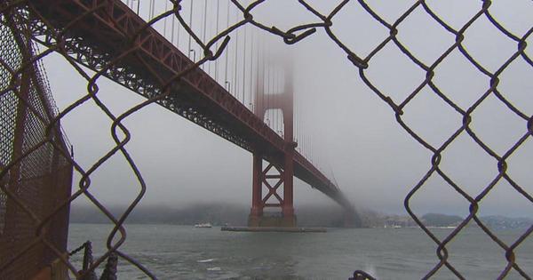 10. Die Golden Gate Bridge bekommt ein Auffangnetz für Suizid-Gefährdete