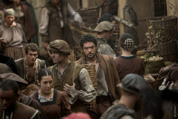 'La peste' aspira a ser un viaje sensorial al siglo XVI