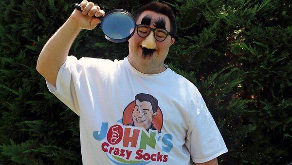 3. Justin Trudeau trägt seine Socken: John Cronin ist 21, hat Down-Syndrom und verkauft verrückte Socken