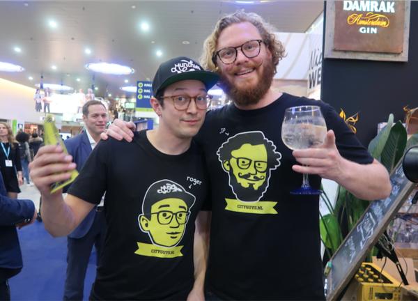 De CityGuys met gepersonaliseerde t-shirts