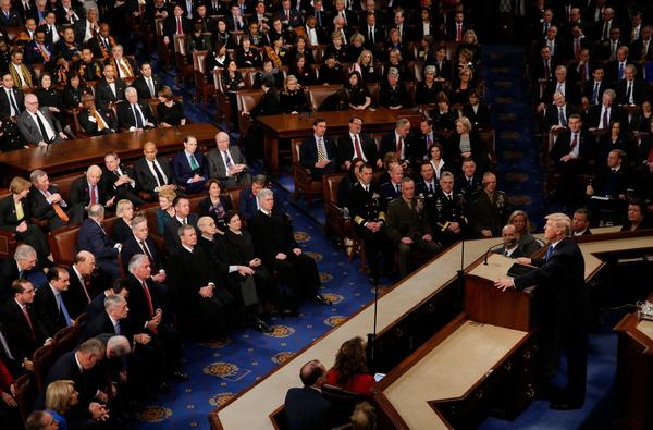 Teleprompter Trump houdt zijn State of the Union-toespraak voor het Congres (foto: Reuters)