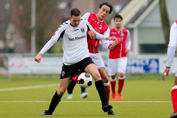 VERSLAG - Asperen duwt Leerdam Sport verder in problemen: 3-0