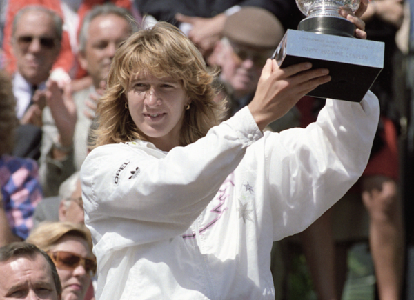 The 50 Greatest Players of the Open Era (W): No. 2, Steffi Graf | TENNIS.com