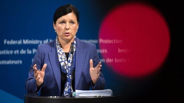 Urheberrecht: EU-Kommission fordert Uploadfilter für alle Plattformen  ZEIT ONLINE