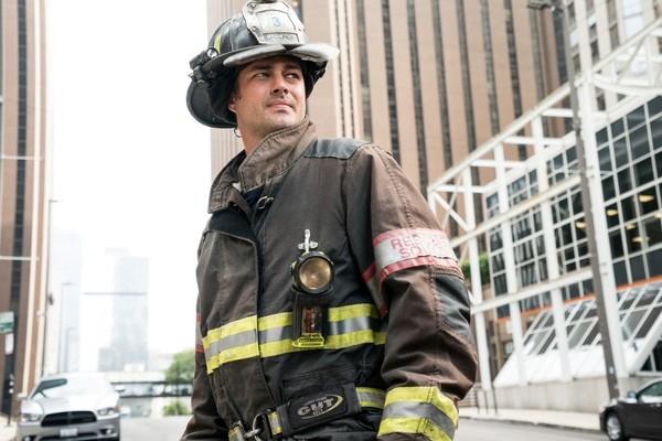 7 razones por las que tienes que ver 'Chicago Fire'