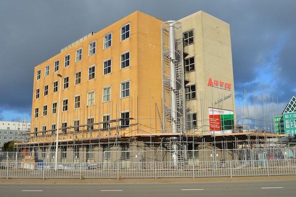 SMZ-directeur Kruijver droomt 1000 hotelkamers | De Orkaan
