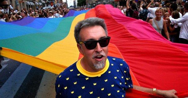 Gilbert Baker made Rainbow Flag