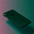 'Futuristische iPhones krijgen gebogen scherm en Air View'