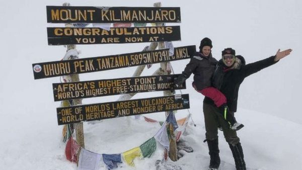 Girl, 7, reaches summit of Mount Kilimanjaro in honor of her late dad - ABC News