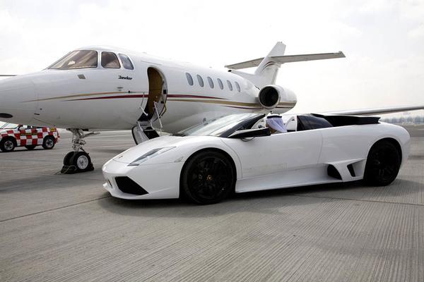 Als Bitcoin miljonair koop je als eerste een Lamborghini (klik op afbeelding)