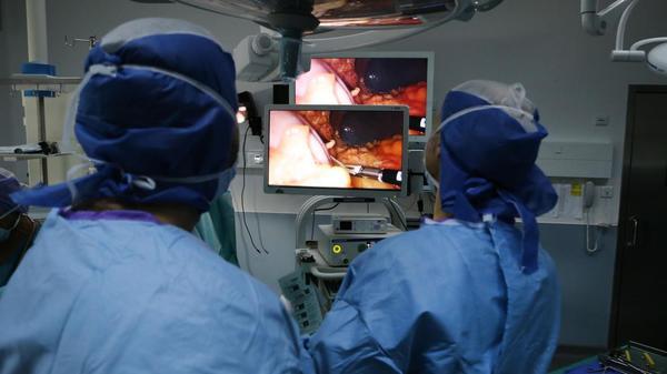 Un siècle de technologie médicale - Een eeuw medische technologie