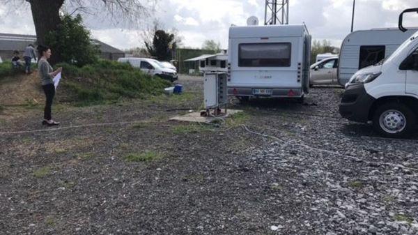 A Ath, les gens du voyage ont un terrain de camping qui leur est destiné - Ath is de enige stad in Henegouwen met terrein voor woonwagenbewoners