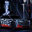 Audi demonstreert e-tron batterij met bliksemshow - WANT