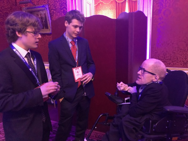 Me talking to the founders of Spatialize, the augmented reality input solution