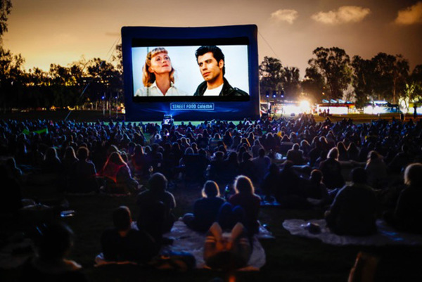 The Ultimate Guide to 2018's Outdoor Movie Screenings - Los Angeles Magazine
