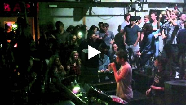 "Âme [Frank Wiedemann] Live @ Trouw & Friends, Amsterdam ""Boiler Room"" 1-5-'13 Full Set - YouTube"