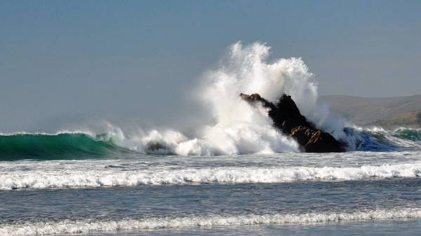 SLO County CA | Big waves forecast this week | The Tribune
