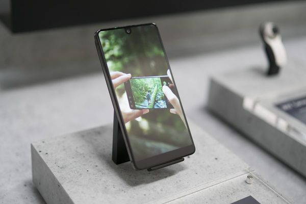 Android Creator Puts Essential Up for Sale, Cancels Next Phone - Bloomberg