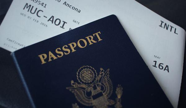 Flugpassagierdaten: Ab heute speichert die Polizei Reisedaten aller Auslandsflüge – netzpolitik.org