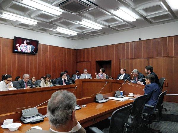 Primer debate sobre Blockchain y criptoactivos en el Senado