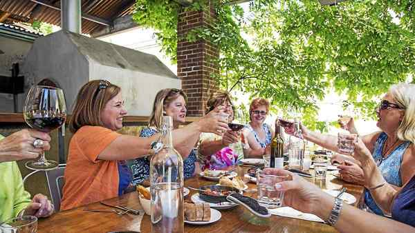 In California, visit to Healdsburg a gateway to sipping several wonderful Sonoma County experiences