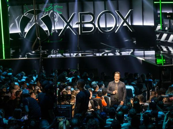 Microsoft's E3 2018 Xbox strategy: if you can't beat 'em, buy 'em - CNET