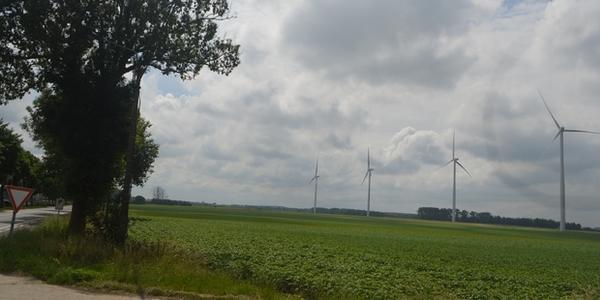 Le parc éolien des Moulins Saint-Roch entre en piste - Nieuw windmolenpark bedient 6580 gezinnen