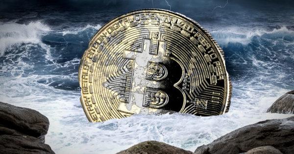 Plottwist: onderzoek onthult waarom Bitcoin dit jaar instortte