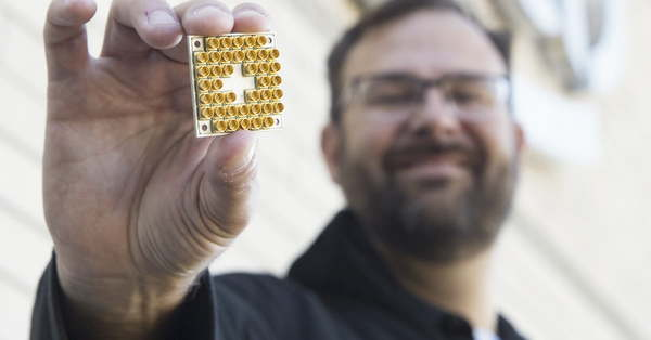 Intel's Quantum Computing Research Melds Old-school Silicon With Latest Quantum Tech