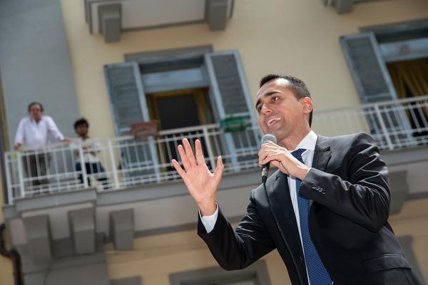 Nieuwe Italiaanse regering op ramkoers met Europa - EenVandaag