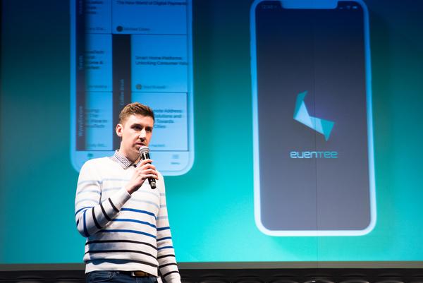 Důkaz místo slibů - z prezentace v New York City, naše aplikace Eventee