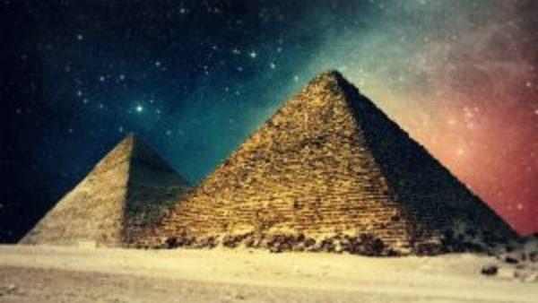 7 faktów o piramidach, o których milczą… filmy z żółtymi napisami | Kwantowo.pl