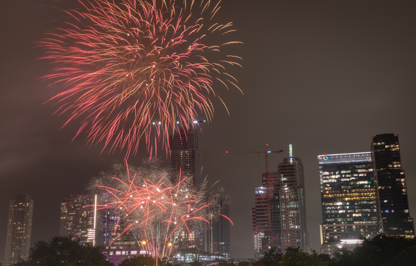 27 second long-exposure picture I took from the July 4th Fireworks in Austin.