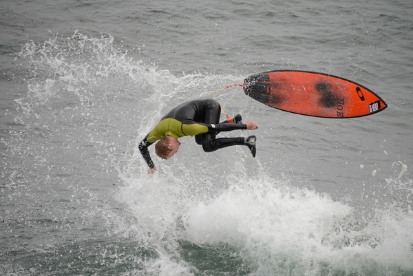 Surfer-Curl Wipeout