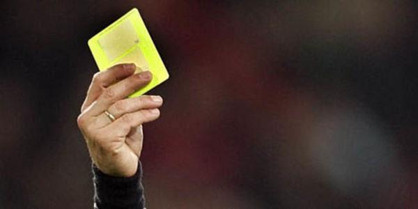 Gele kaarten niet mee naar volgend seizoen, schorsingen wel