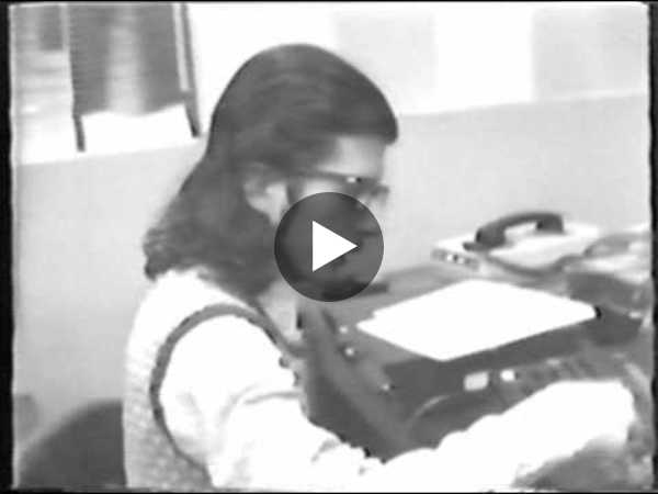 Donald Sherman orders a pizza using a talking computer, Dec 4, 1974 - YouTube