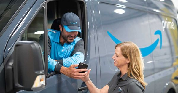 Amazon's Delivery Van Network is a Direct Challenge to UPS, FedEx and the USPS