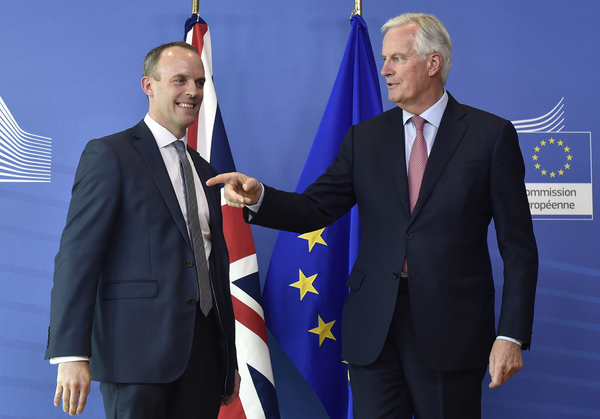 De onderhandelaars Raab en Barnier