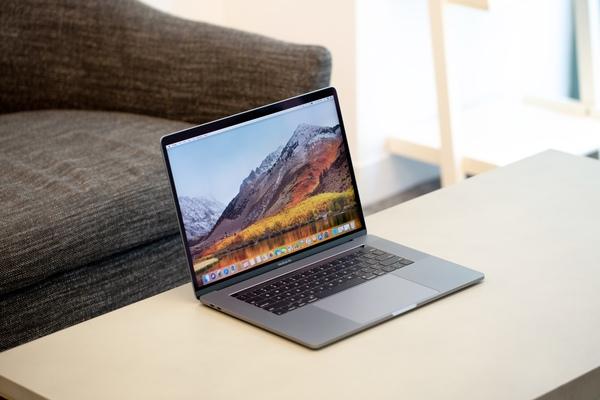Reviews MacBook Pro 2018: pijlsnel, maar niet voor iedereen