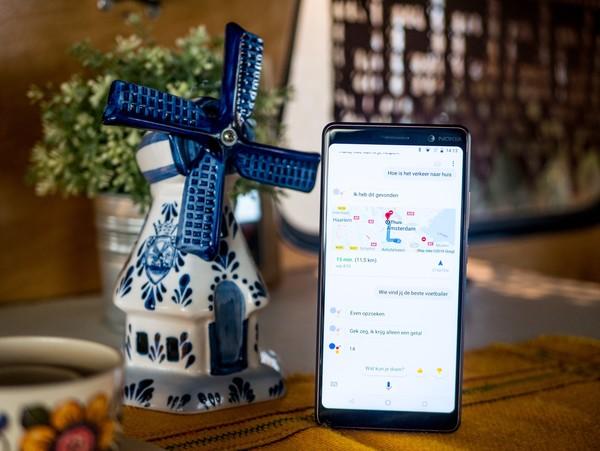 Google Assistant spreekt eindelijk Nederlands op iOS en Android