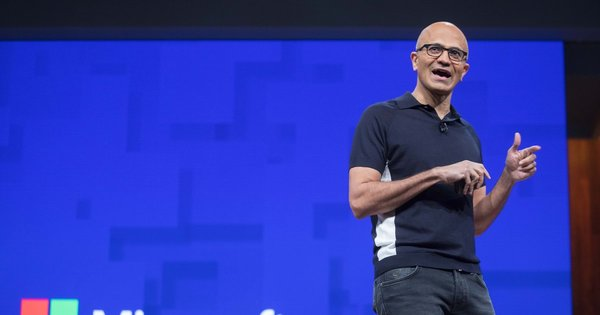 Microsoft employees question CEO over company's contract with ICE | The Seattle Times