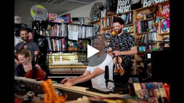 Ólafur Arnalds: NPR Music Tiny Desk Concert - YouTube