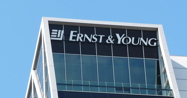 Ernst & Young acquires CAAT cryptocurrency tech